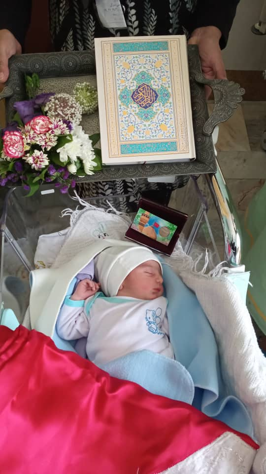 شهید صدوقی روز عید غدیر نوزادان متولد شده در بیمارستان صدوقی